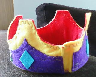 Corona de fieltro