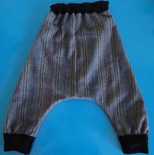 Camiseta y pantalon bombacho del Buho