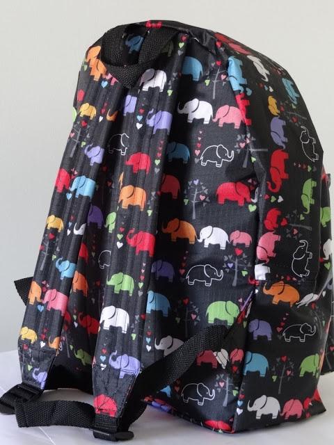 patrón de mochila para primaria