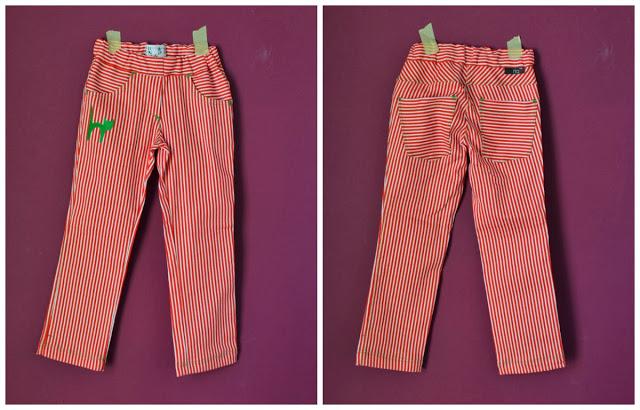 Pantalones rayas blanco y rojo