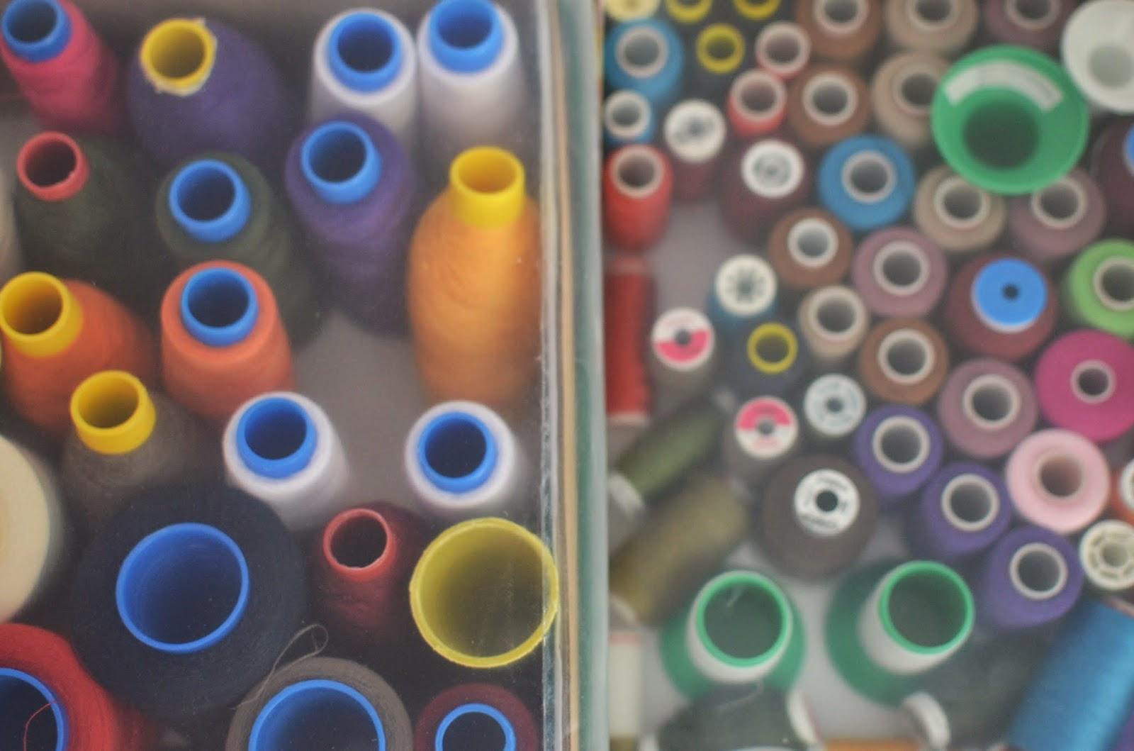Tapa hilos de plástico