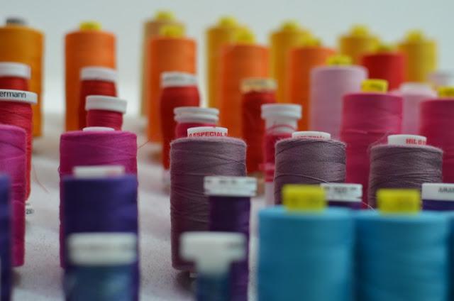 Hilos buenos y malos para coser
