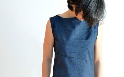 Boatneck dress with bust darts