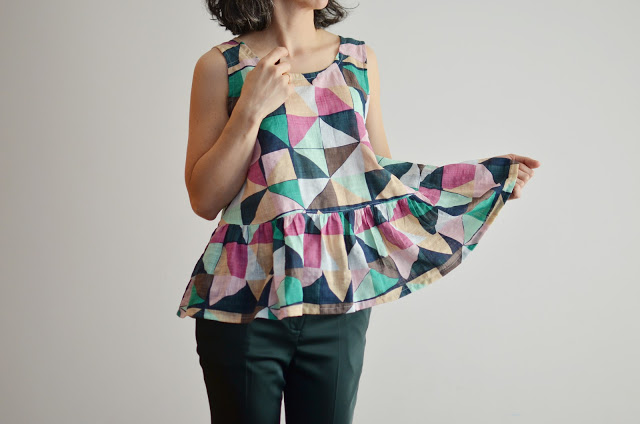Peplum Top de In the Folds
