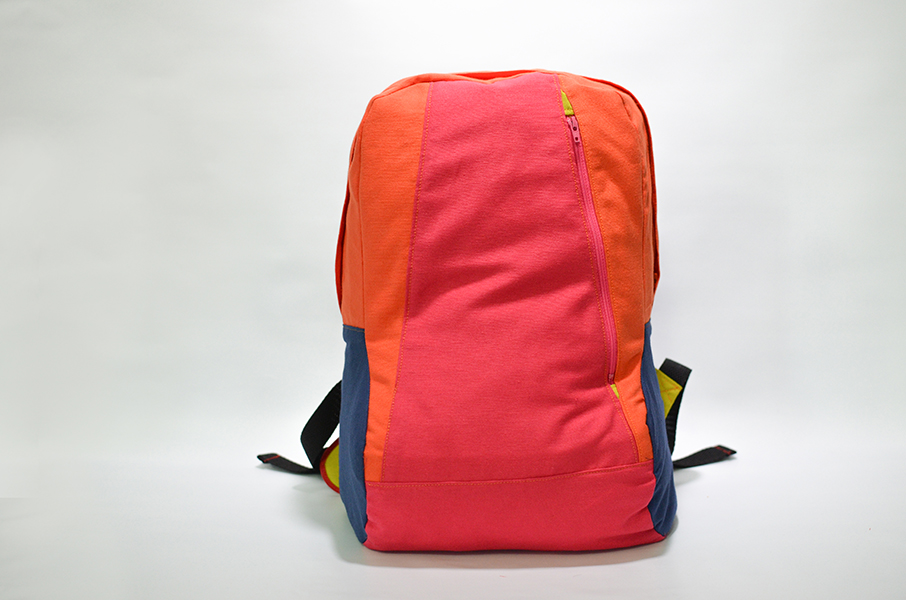 Backpack Hache con bolsillo vertical